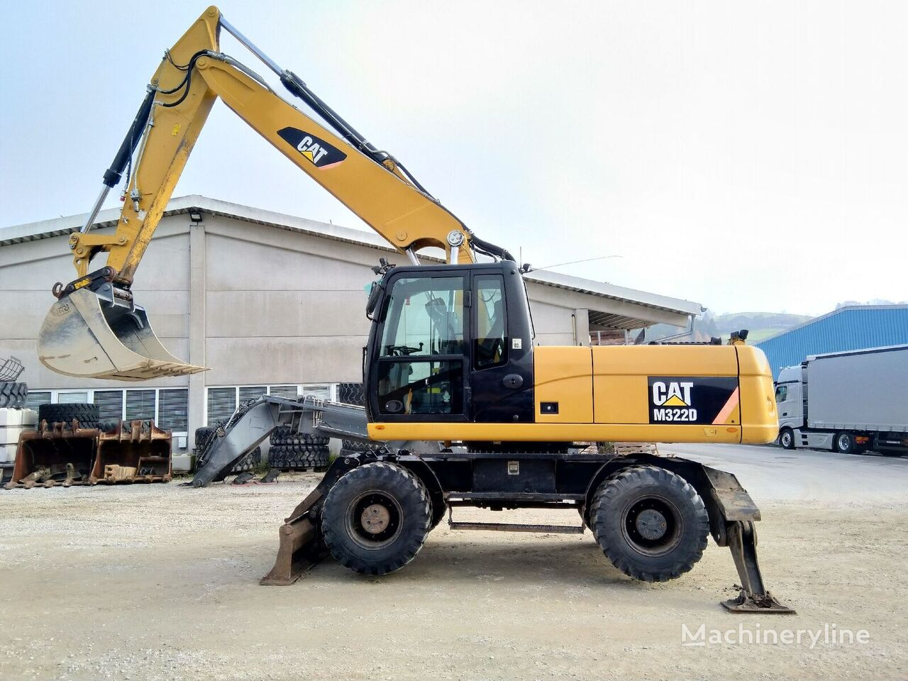 CATERPILLAR M322D wheel excavator